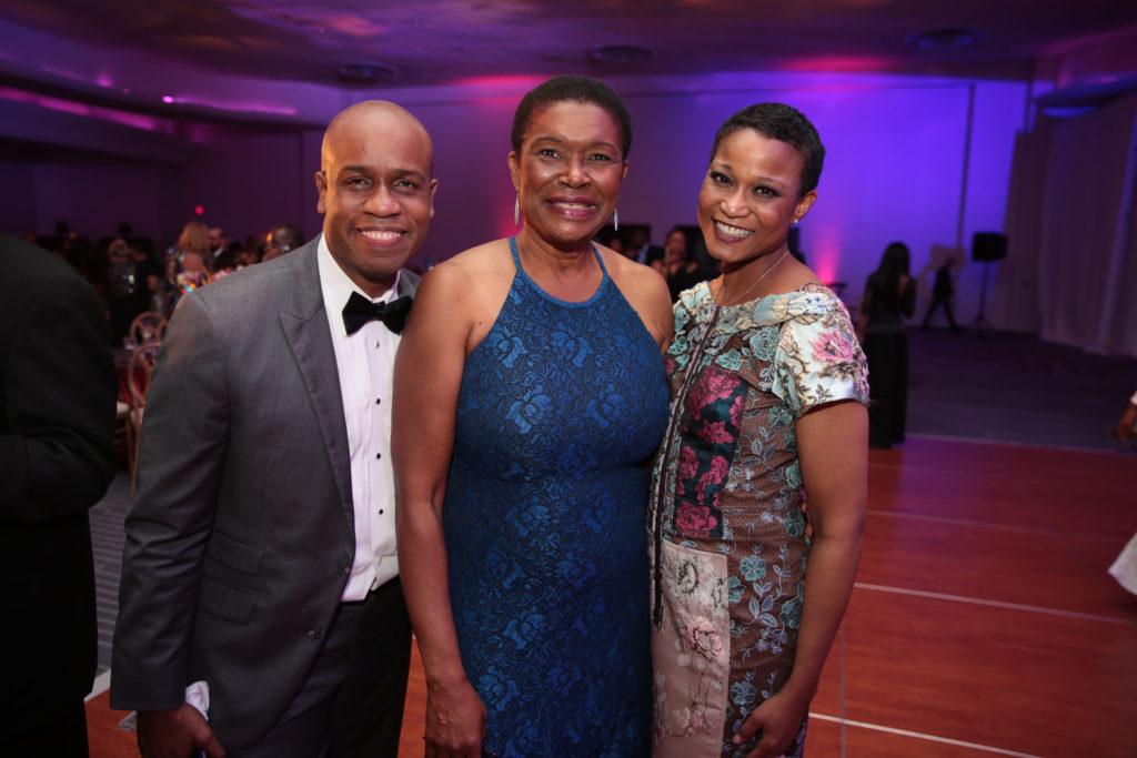 Marlon Hill, Marie Woodson, & Carla Hill157